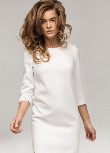 weißes schlichtes Kleid B