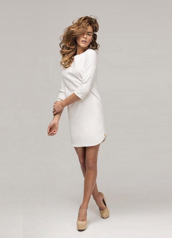 weißes schlichtes Kleid C